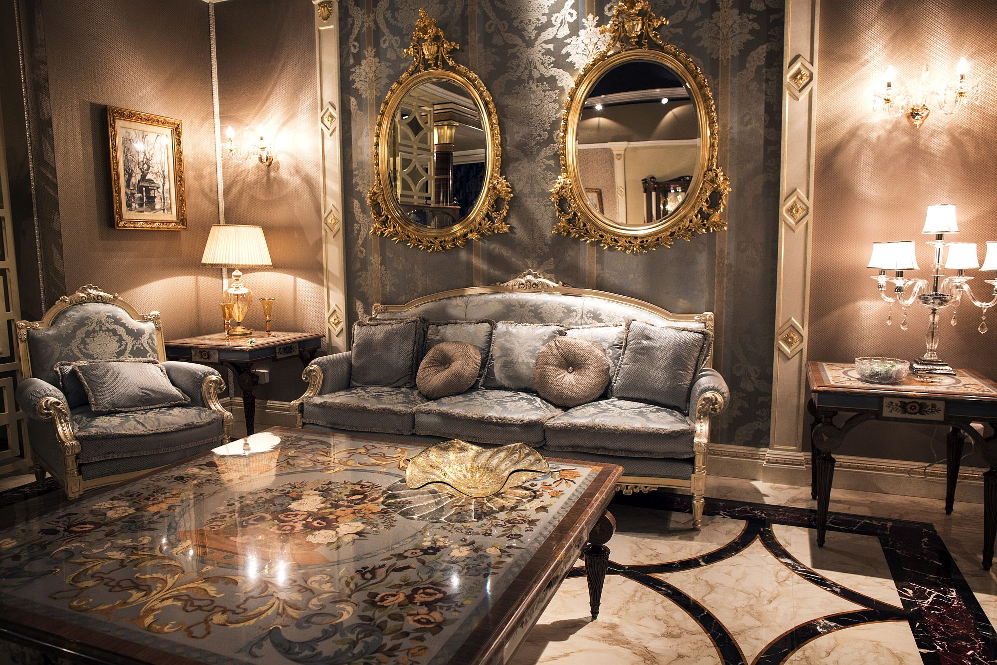 Innovative living room with Victorian style in gray and gold