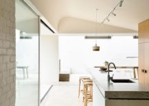 Light-filled-kitchen-and-dining-of-the-Maitland-House-217x155