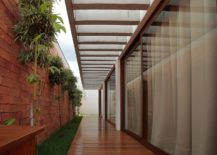 Long-walkways-around-the-house-with-ample-shade-217x155