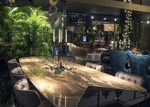Luxury-classic-furniture-for-the-dining-room-from-Roberto-Cavalli-217x155