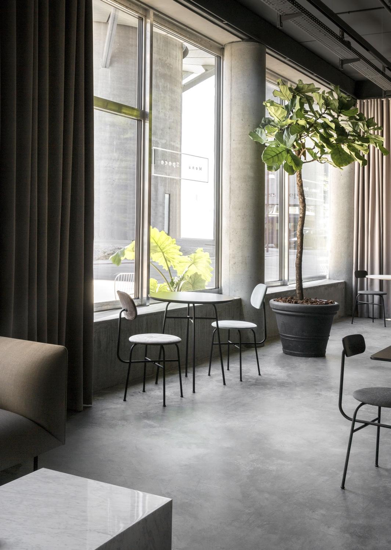 Menu-Space-seating