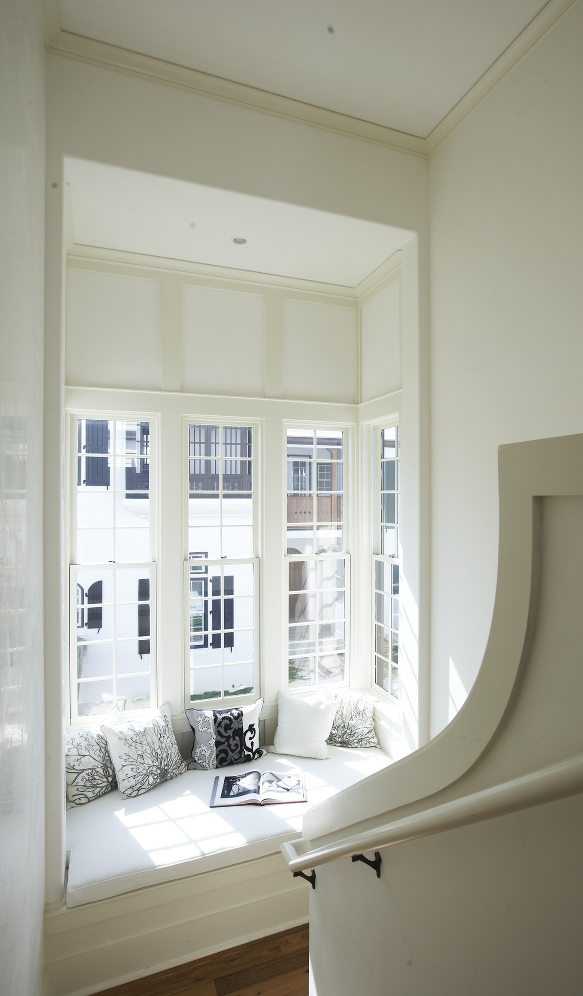 Minimalist stairwell window seat