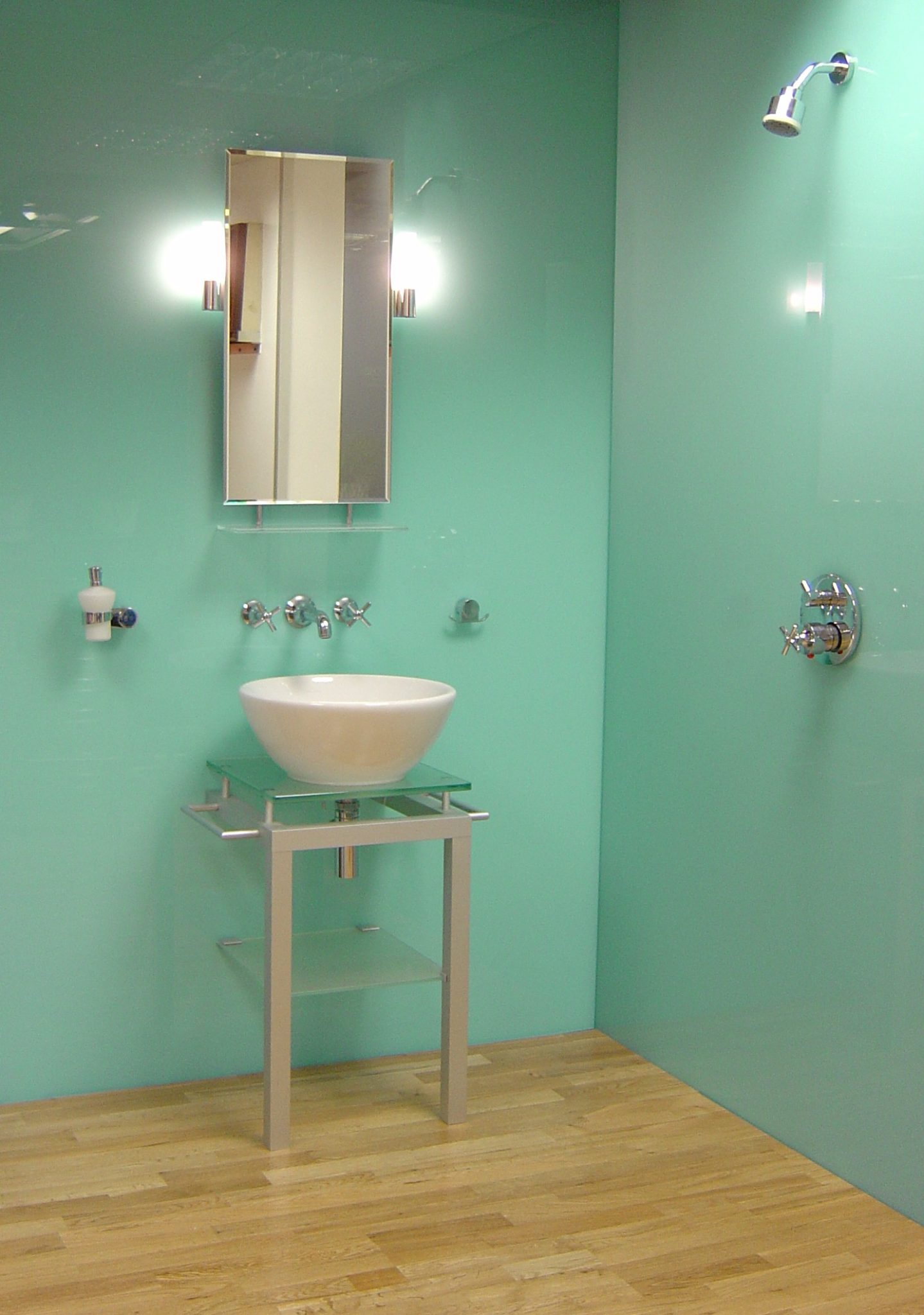 Minty bathroom with a slight retro look