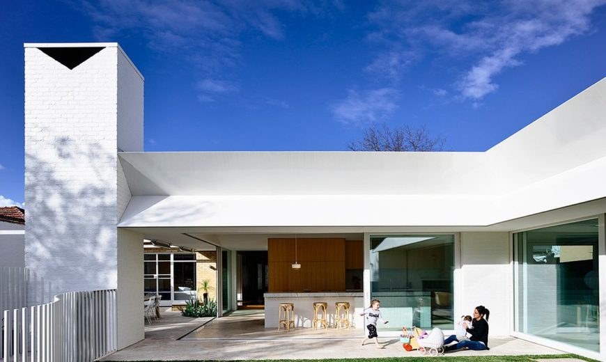This Post-War House in Melbourne Gets a Cheerful, Modern Makeover!