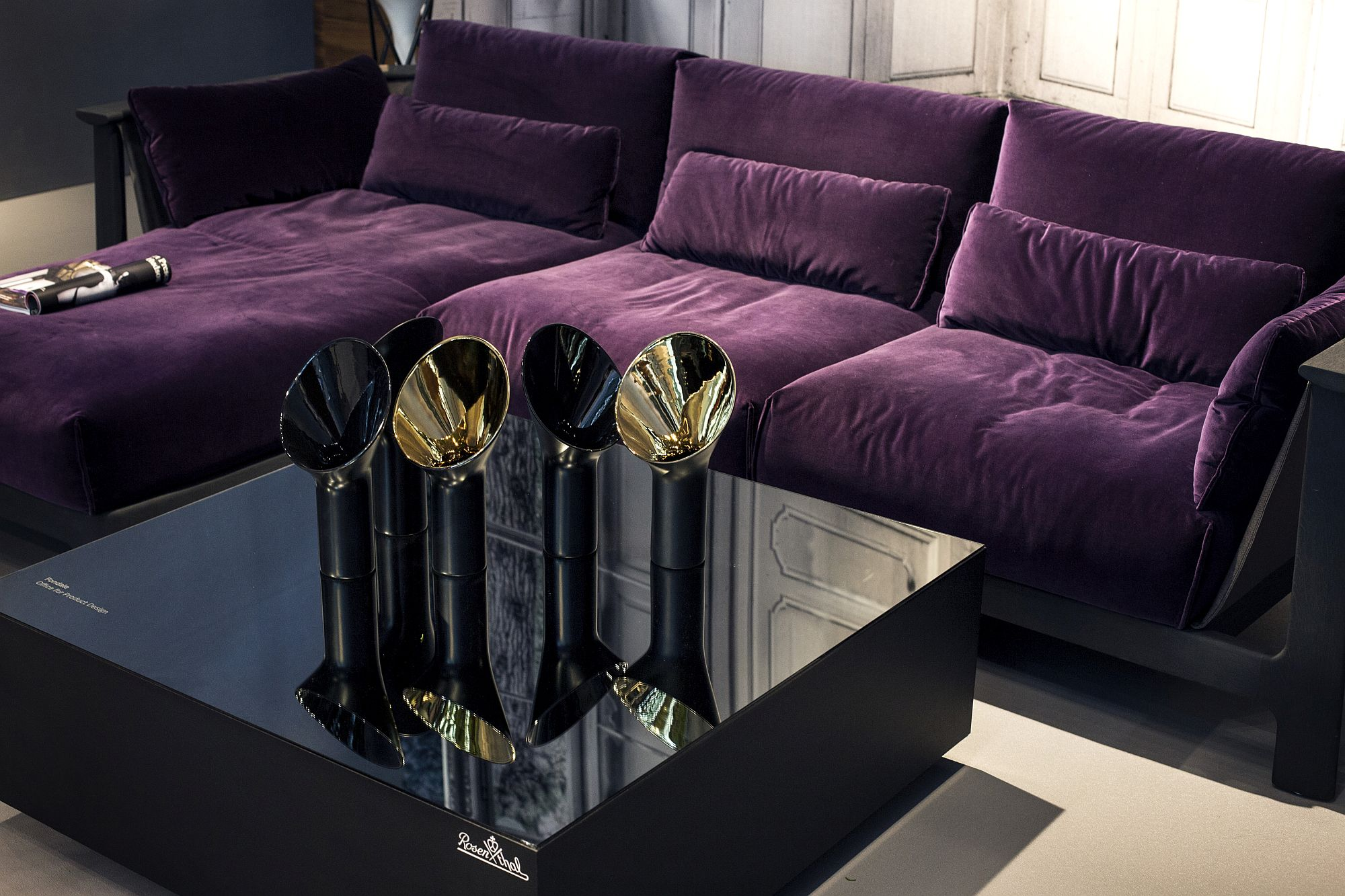 Modern section in bright purple from Rosenthal Interieur