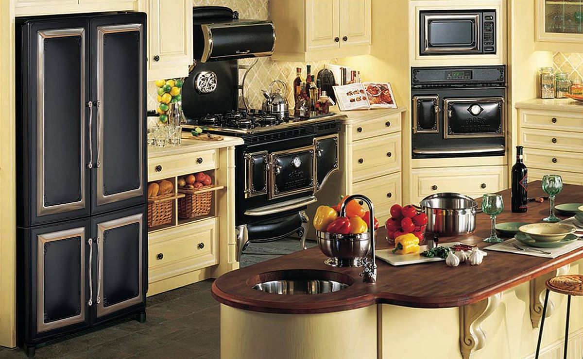 Modern vintage kitchen with Antique series applainces from Elmira