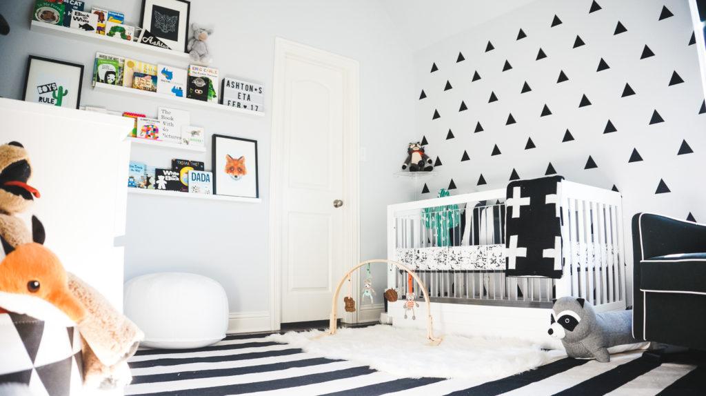 Monchrome nursery with dynamic geometric wall decor