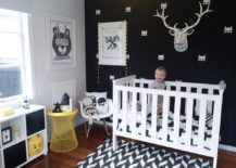 Monochrome-nursery-with-a-black-wall-and-contrastin-white-pieces-217x155