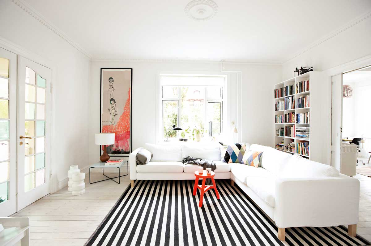 monochrome elegance  black and white striped rugs - monochrome elegance in the living room