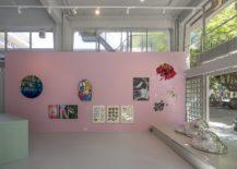 Pink-walls-beat-boring-white-gallery-walls-217x155