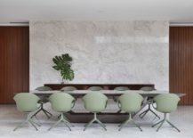 Polished-stone-wall-for-the-contemporary-dining-room-217x155