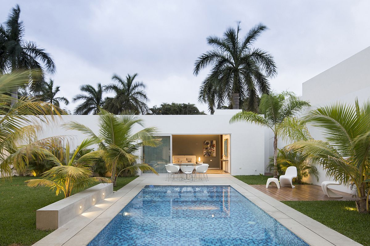 This Contemporary House In Yucatan Is Designed For The