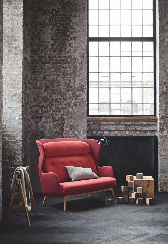 Ro Sofa Red