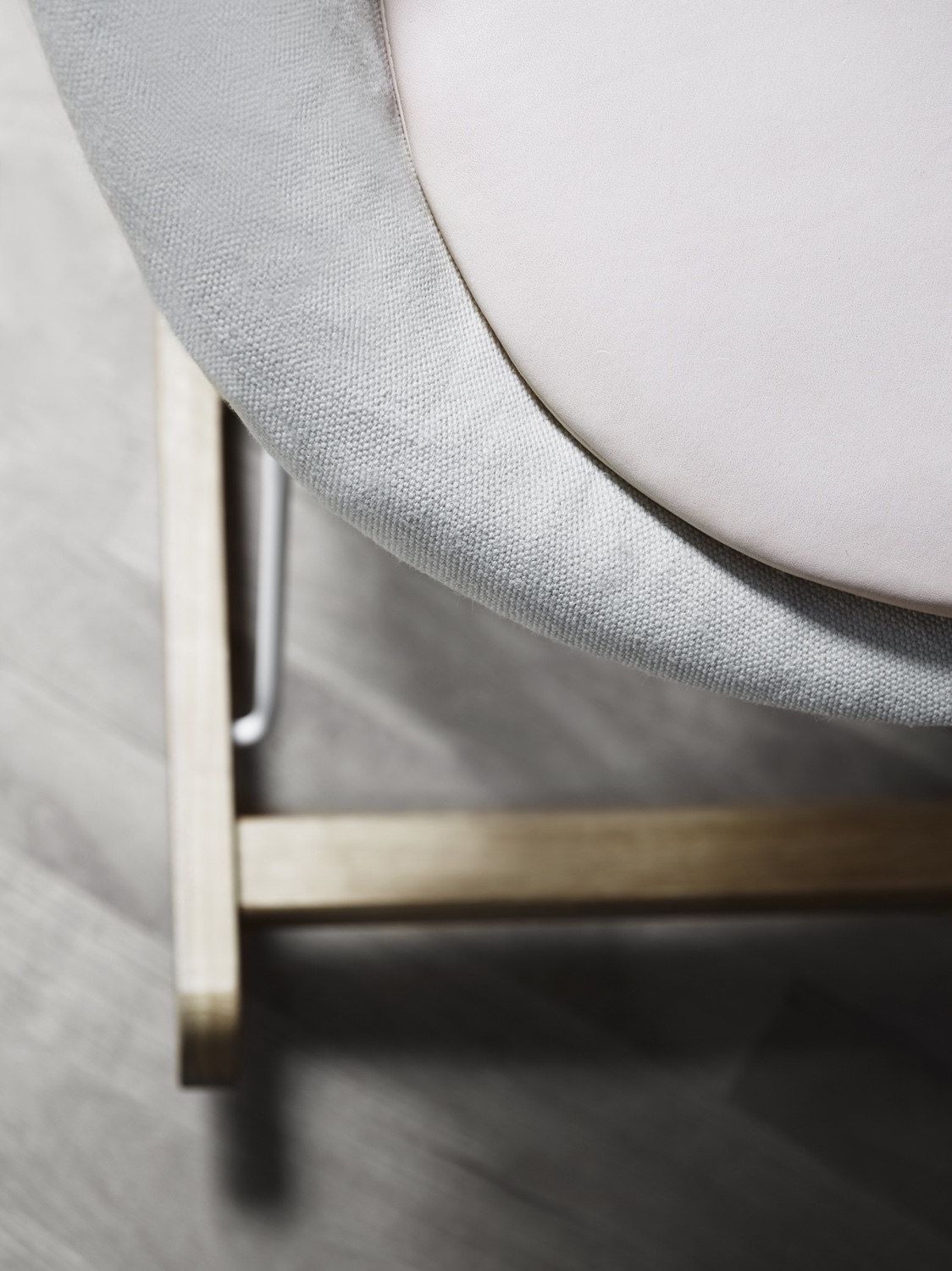 Rocking Nest Chair detail with oiled oak and canvas