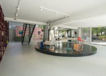 Showcasing-cuttinge-edge-art-and-design-from-Rotterdam-Groos-217x155