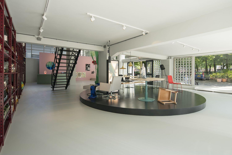 Showcasing cuttinge edge art and design from Rotterdam - Groos