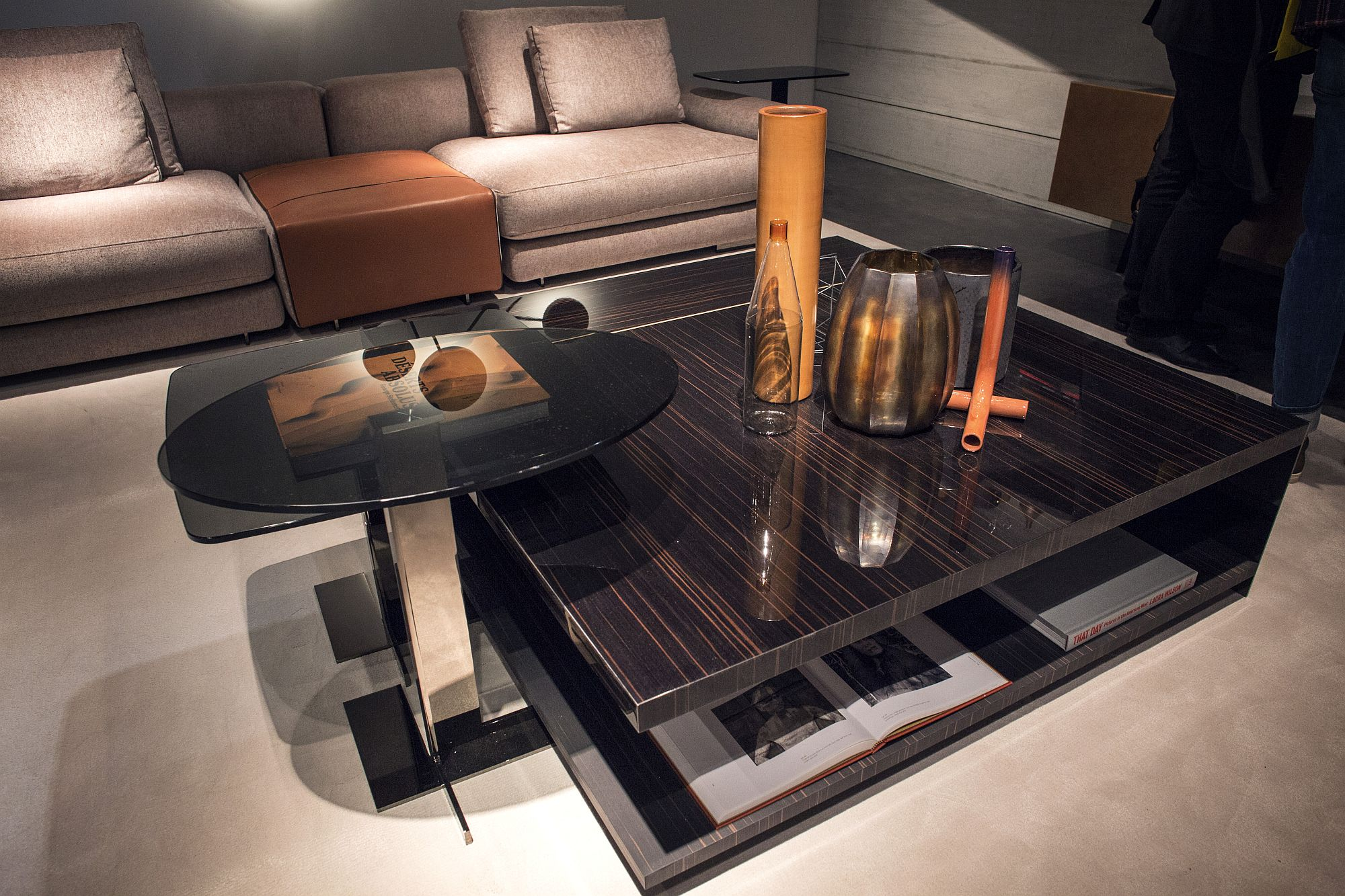 Smart-and-space-savvy-coffee-tables-from-Arketipo-Firenze