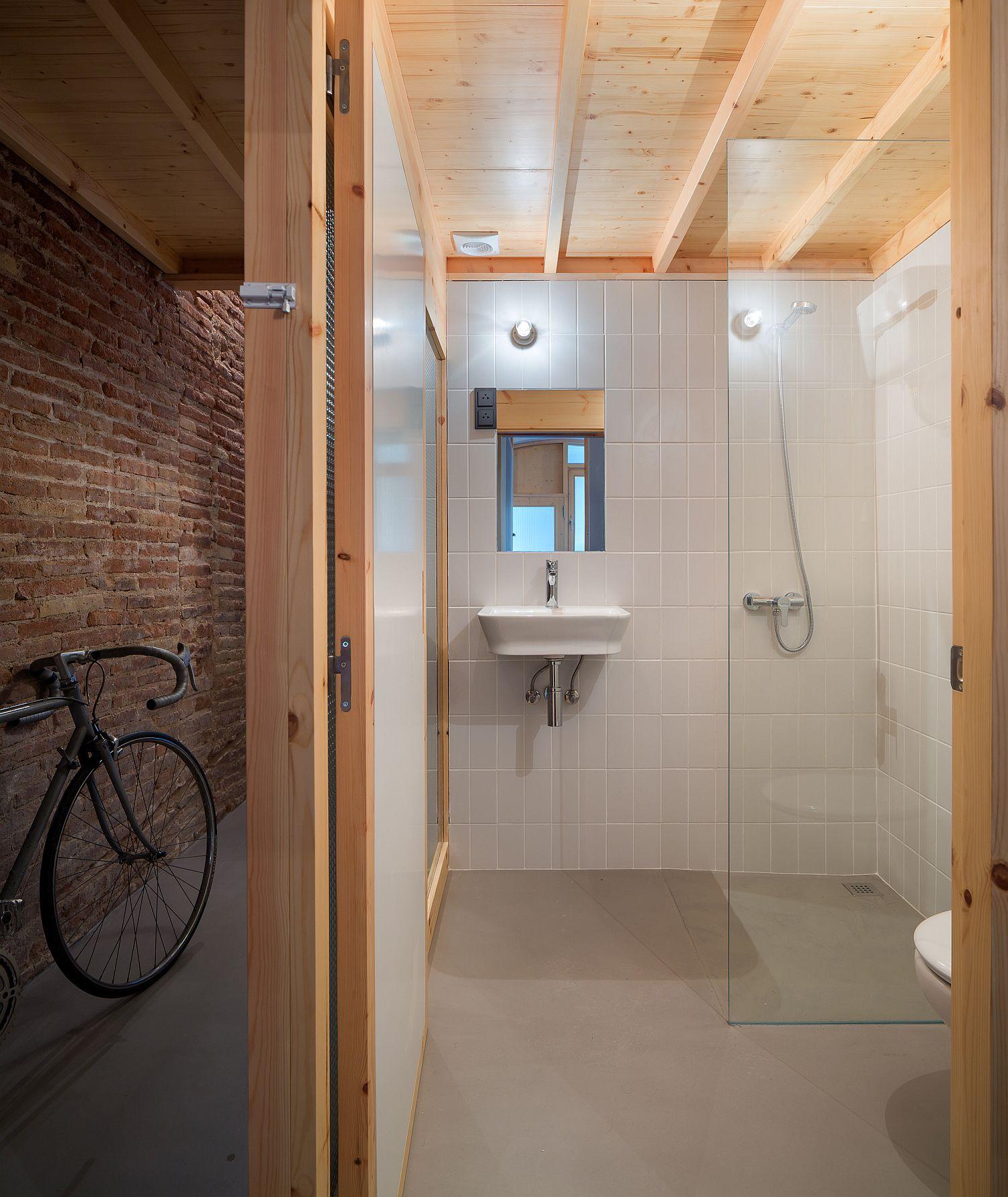 Space-savvy bathroom design with translucent sliding doors