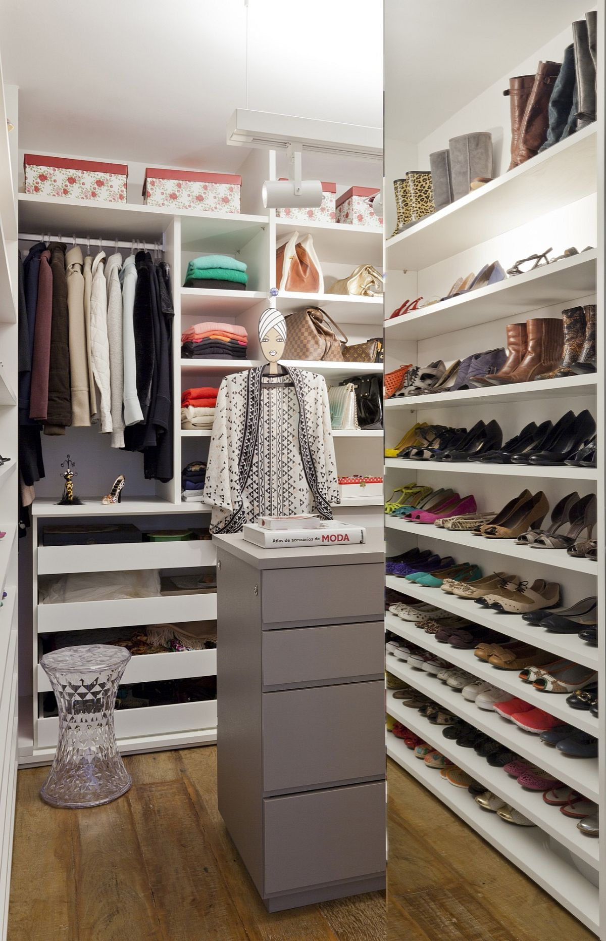 An interior full of flamboyance vibrant and chic for Ample closet space