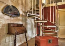 Spiral-staircase-leading-to-the-aclove-bedroom-inside-the-first-suite-at-Locanda-La-Gelsomina-217x155