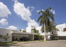 Street-facade-of-the-Ancha-House-in-Yucatan-Mexico-217x155