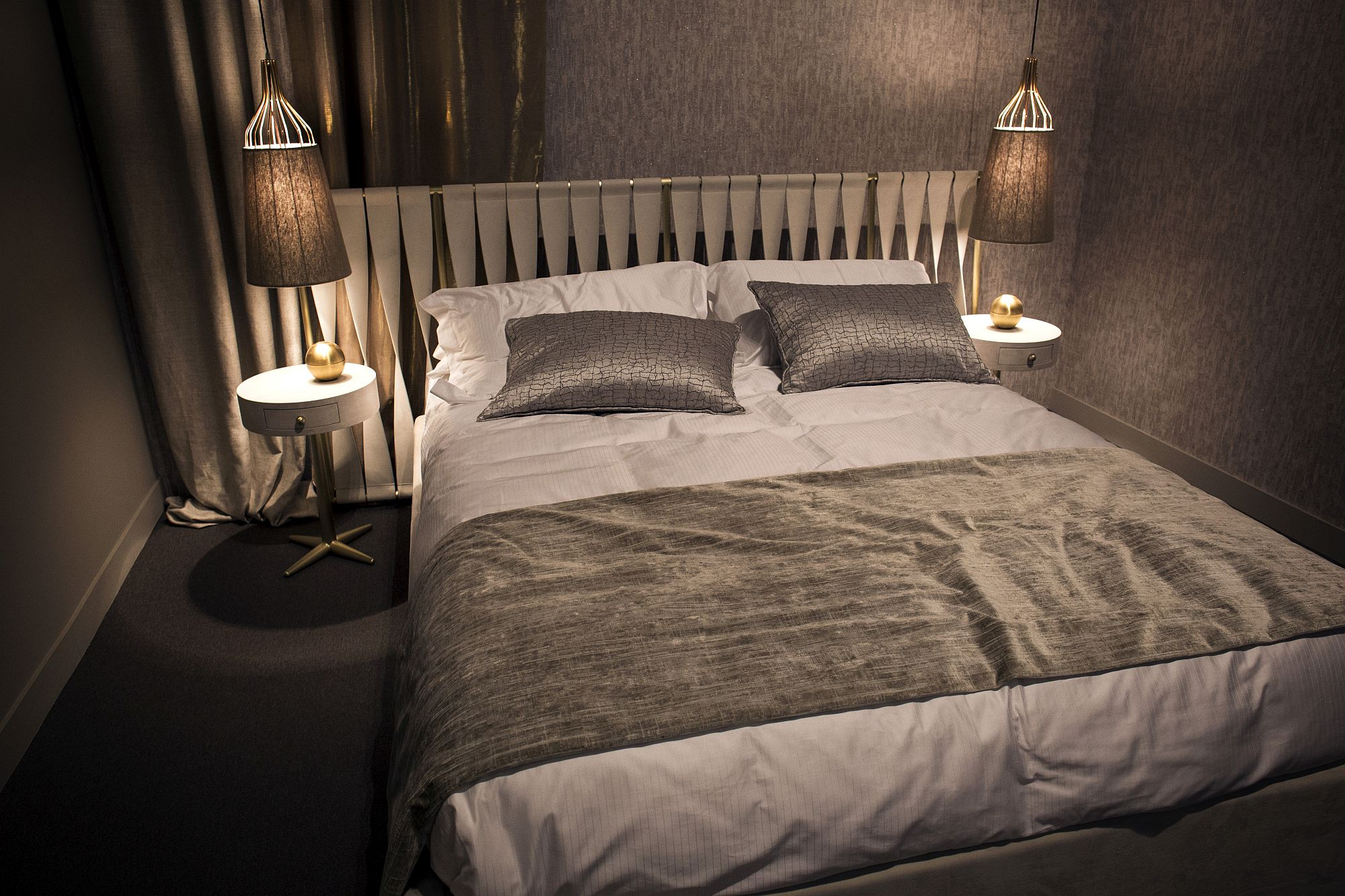 Tiny Bed 12 space-savvy ideas for the small modern bedroom