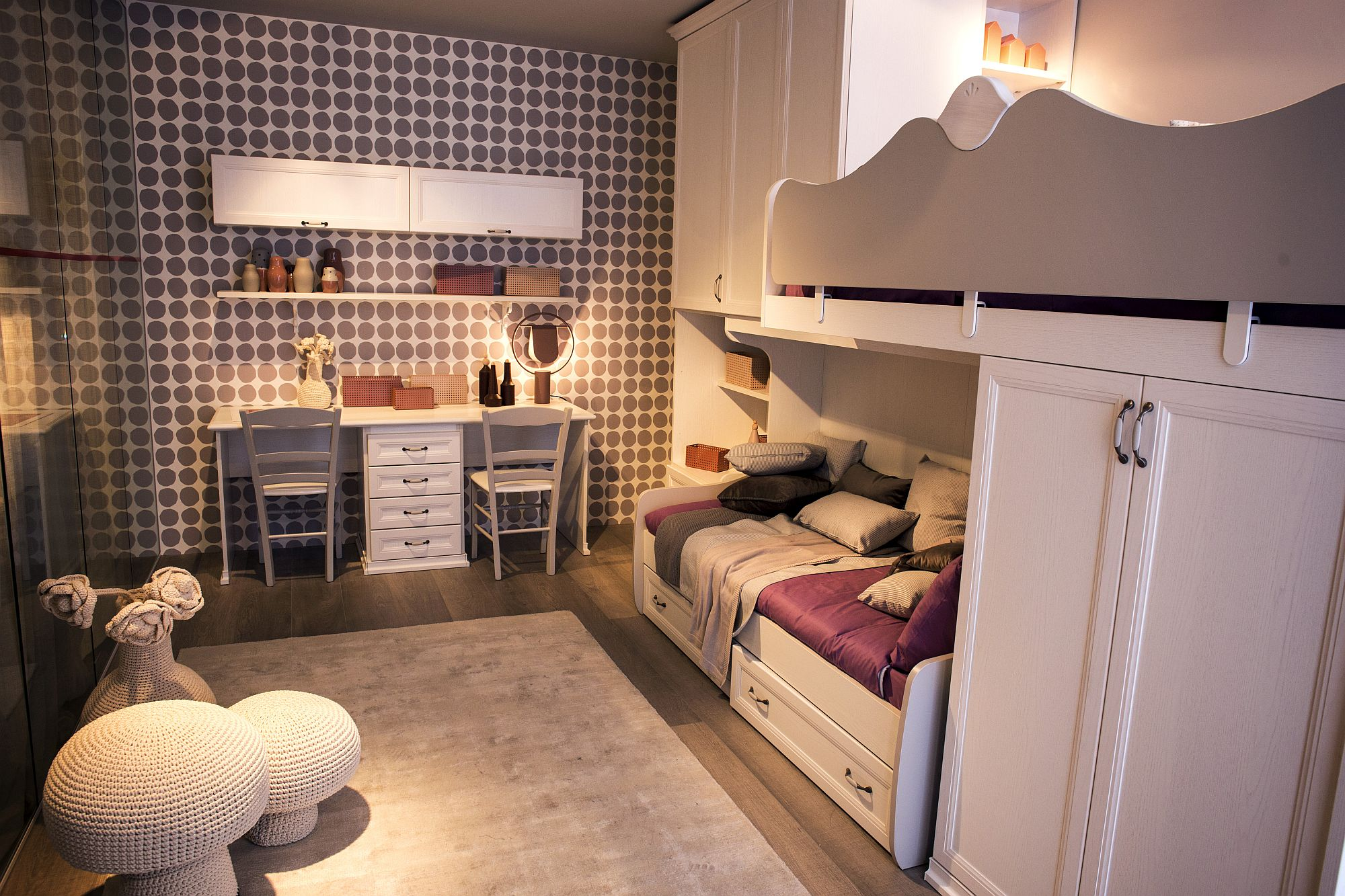 Twin-girls-bedroom-idea-with-a-smart-corner-workstation
