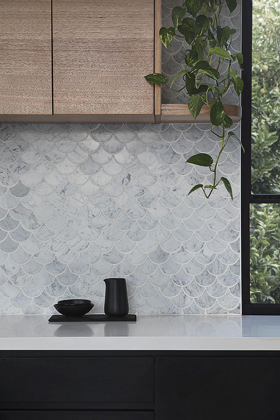 Unique-modern-backsplash-for-the-stylish-kitchen
