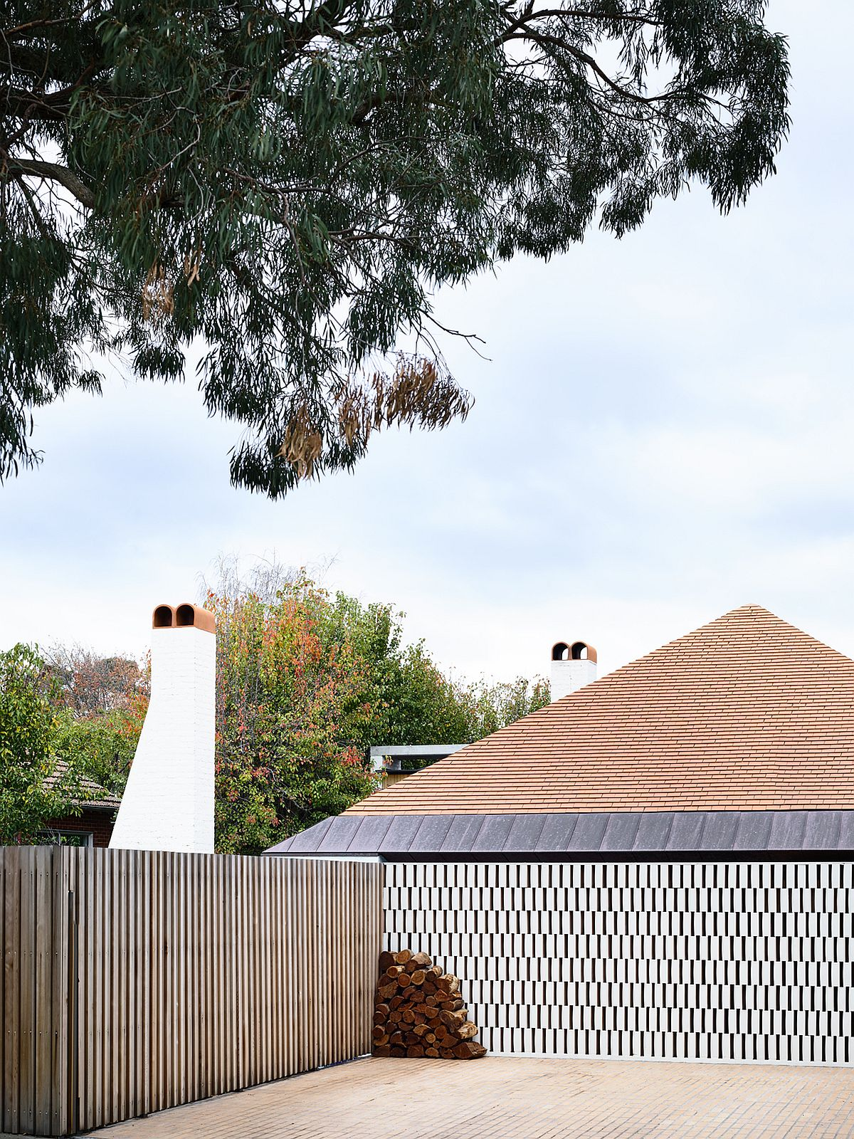 View-of-the-Deepdene-House-from-the-street
