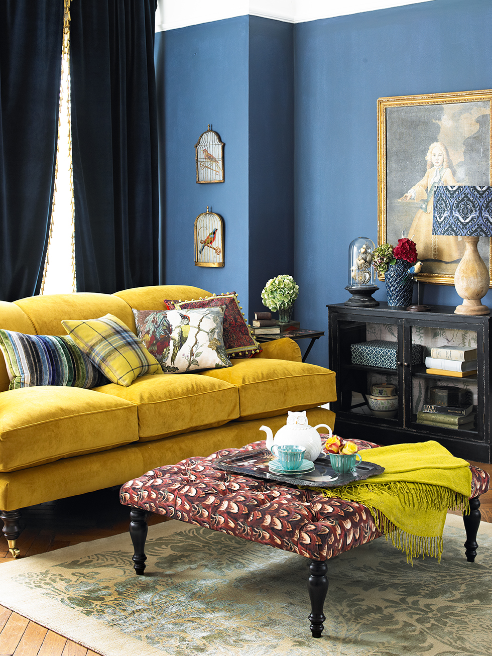 Yellow sofa a sunshine piece for your living room for Living room ideas yellow and blue