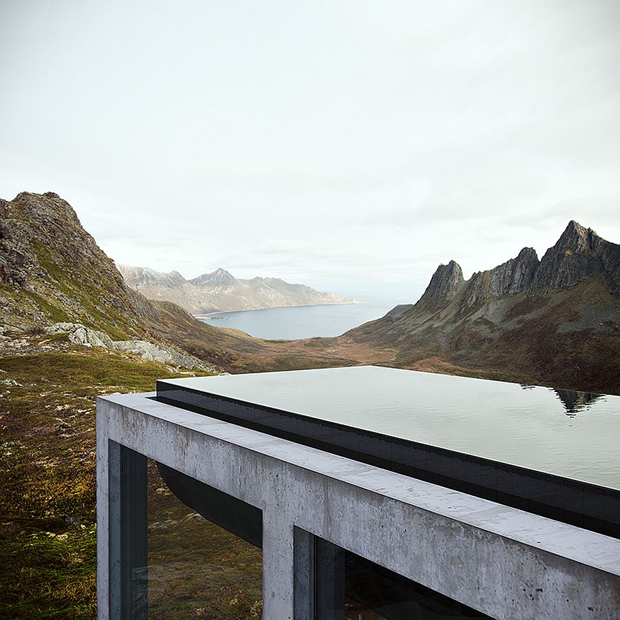 Awesome-heated-infinity-pool-on-top-of-the-off-grid-house