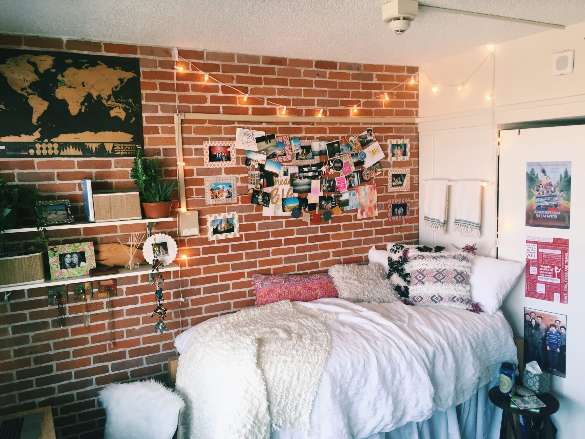 trends bedrooms girls dorm indoor pictures images of indoors rustic for lights single to new hang gallery decorative bedroom including in amazing lighting teenage string bed small hanging also enchanting target ideas room chandelier how star