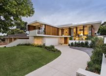 Contemporary-home-with-distinct-formal-and-informal-zones-in-an-affluent-neighborhood-of-Perth-217x155
