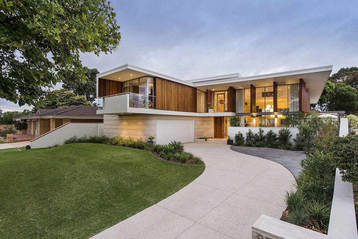 Stained timber and stonework shape mid century modern for Mid century modern residential architecture