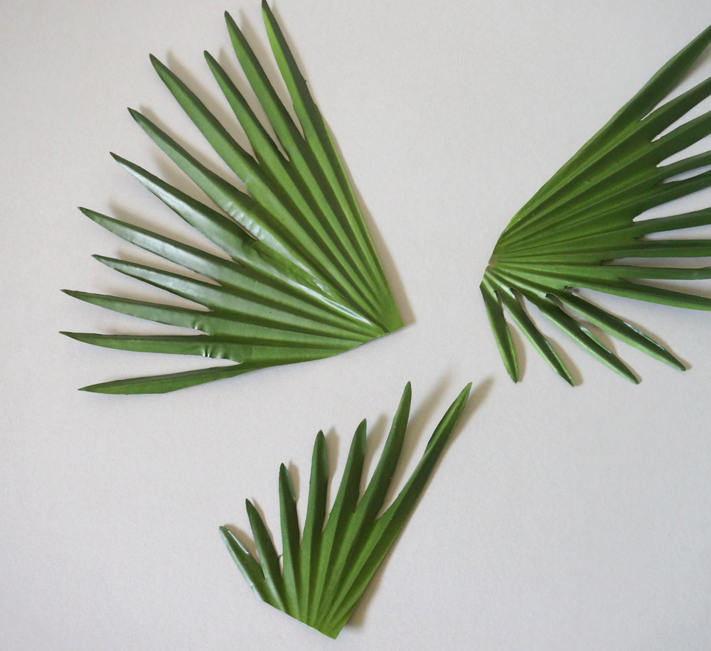 Cut palm leaf options