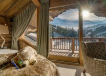 Enjoy-the-most-luxurious-chalet-in-Franch-at-Mont-Tremblant-217x155