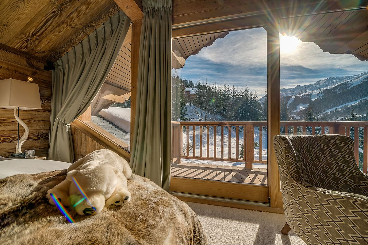 Enjoy-the-most-luxurious-chalet-in-Franch-at-Mont-Tremblant