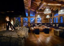 Exqusite-fireplace-inside-spacious-living-room-217x155