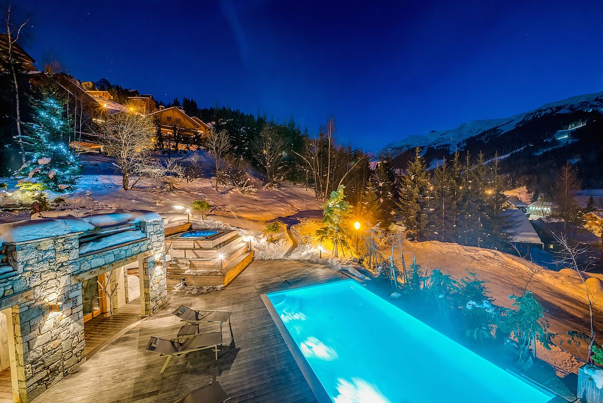 france s best luxury ski chalet promises an unforgettable dream vacation. Black Bedroom Furniture Sets. Home Design Ideas