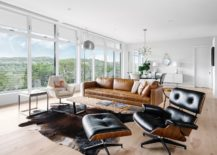 Interior in white adds to the impressive design of the flat roof house 217x155 Inspired by the Iconic Farnsworth House: Modern Texas Home Cloaked in Greenery