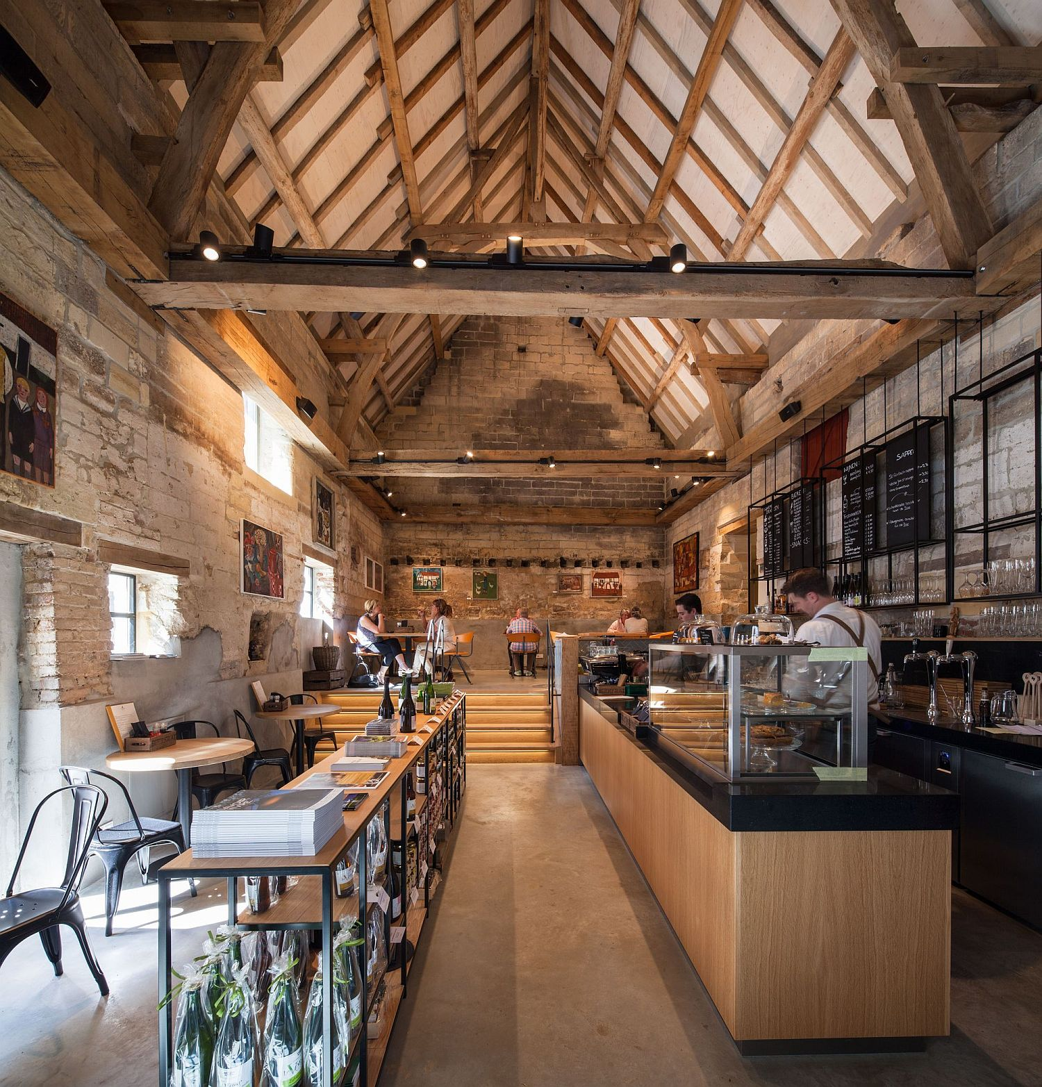 Manor Farm revamped into a restaurant, coffee house and meeting space