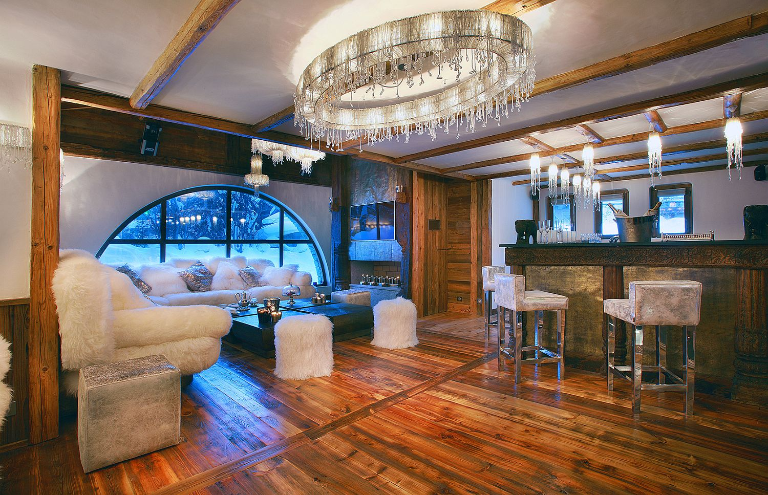Modern decor and lighting is combined with classic Alpine magic at Marco Polo