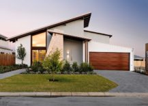 Modern-driveway-that-embodies-simplicity-and-elegance-217x155
