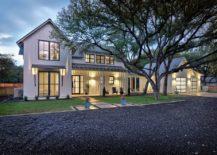 Modern-farmhouse-with-a-contrasting-dark-driveway--217x155