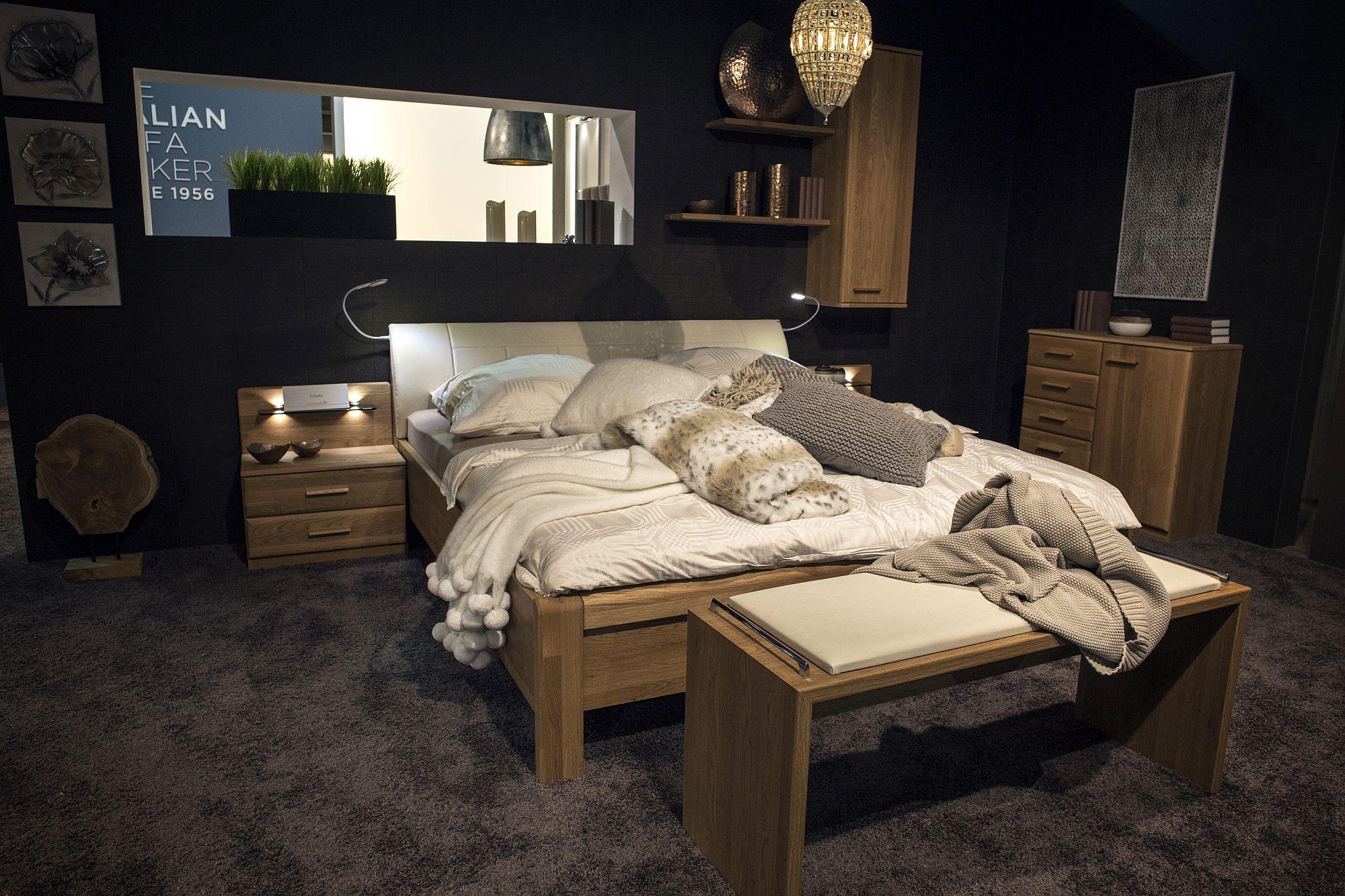 Modern wooden bedroom furniture set