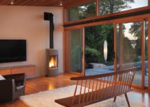 Outdoor-lighting-complements-the-ambiance-on-the-interior-perfectly-217x155