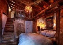 Plush-textures-add-to-the-inviting-charm-of-the-chalet-bedroom-217x155
