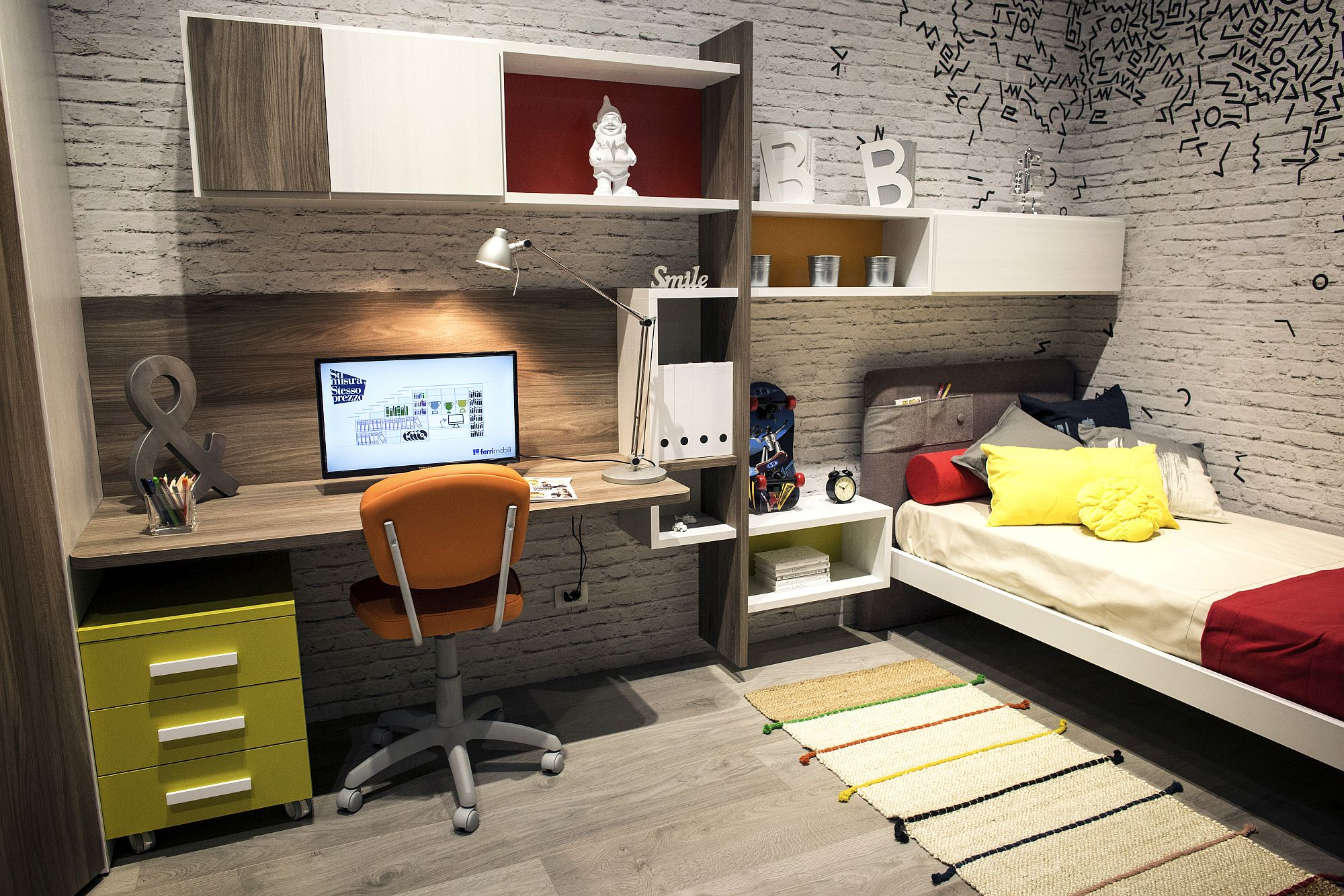 Small kids' bedroom idea with modular shelving and corner bed