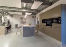 Spacious-and-open-interior-of-the-Meamea-Office-217x155