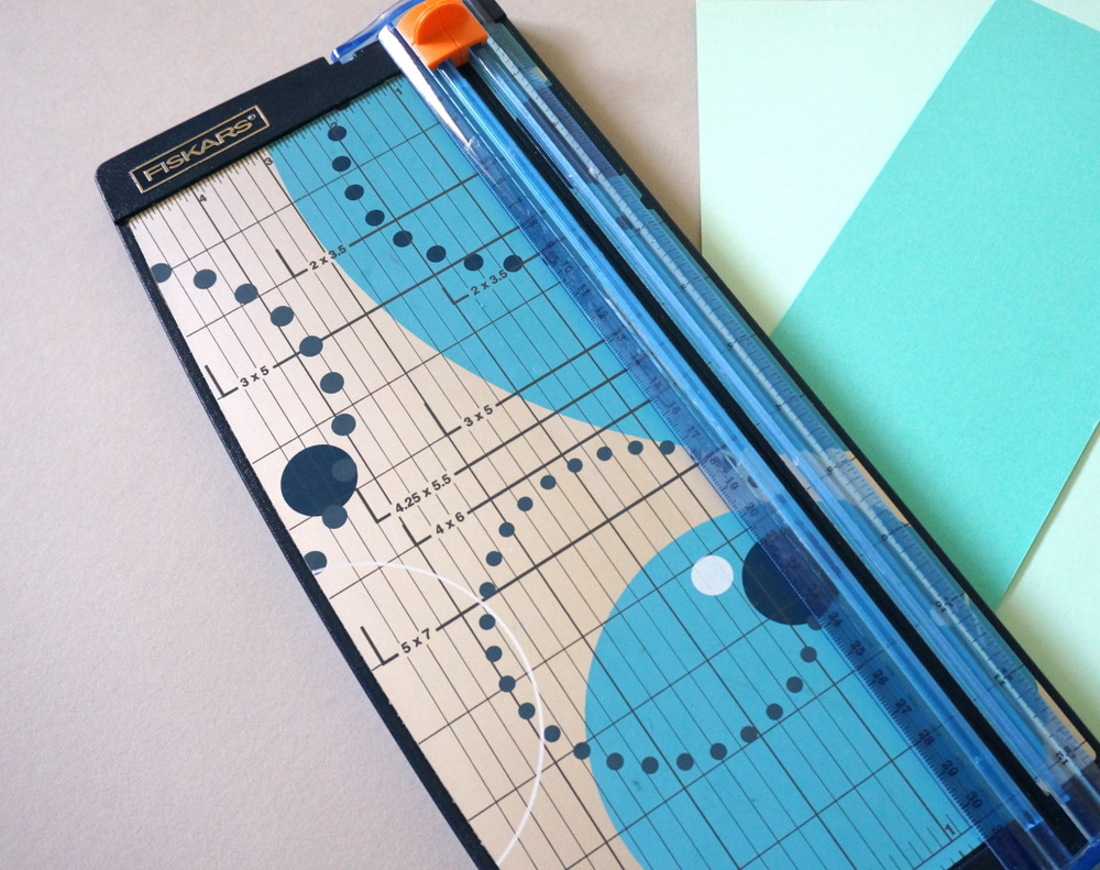 Use a paper cutter for your project